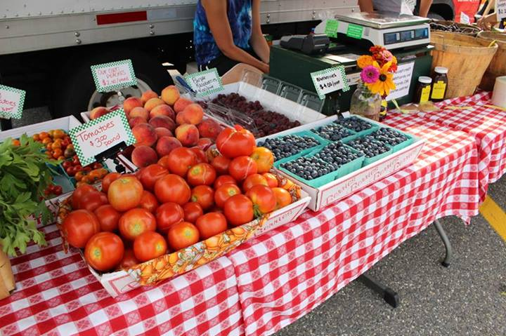 Monday Mashup: Farmer's Markets, The Concord Chorale, Handmade Dog Treats, and more! Our Favorite Facebook Posts from Around Concord!